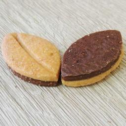 Macarons et biscuits Sablé chocolat-orange