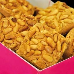 Macarons et biscuits Sablé aux pignons 250g